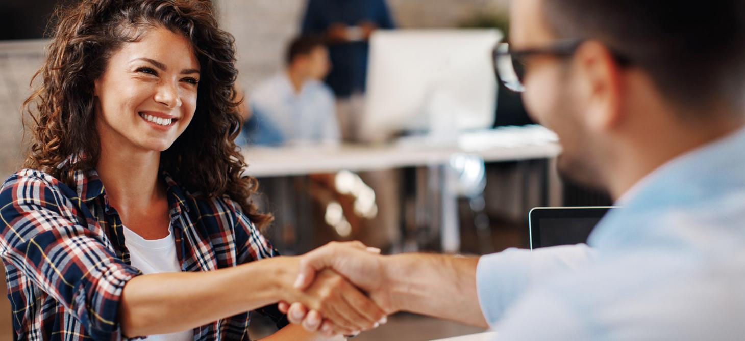 Jovens encontram no Contact Center oportunidade para o primeiro emprego e crescimento profissional